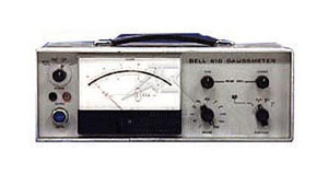 FW Bell 610 Self Calibrating Gauss Meter