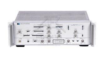 Keysight 8082A Pulse Generator, 250 MHz