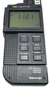 Tektronix J17 LumaColor Photometer System