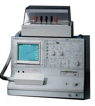 Tektronix 371 Programmable Curve Tracer Digitized Waveforms