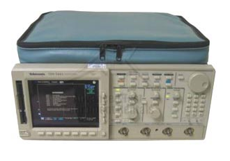 Tektronix TDS620B 2 Channel 500 MHz 2.5 GS/s Digital Oscilloscope