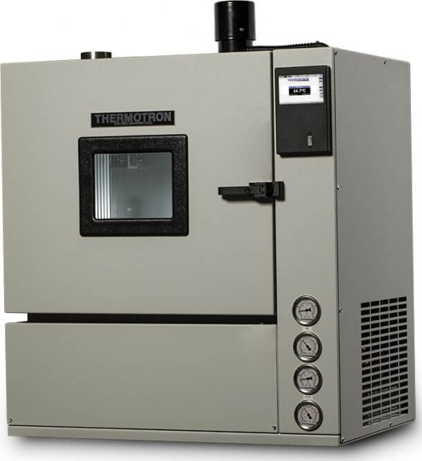 Thermotron SM-1.0-8200 Benchtop Temperature and Humidity Chamber
