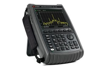 The Keysight N9952A Fieldfox is a handheld signal analyzer designed for 4G testing and beyond.